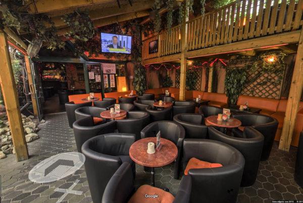 Wirtualny spacer w kawiarni Cafe Zaćmienie fotografia wnętrz google